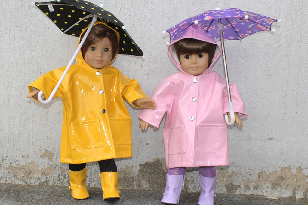 """<Font color=""""yellow""""> Doll Shoes </font>"""