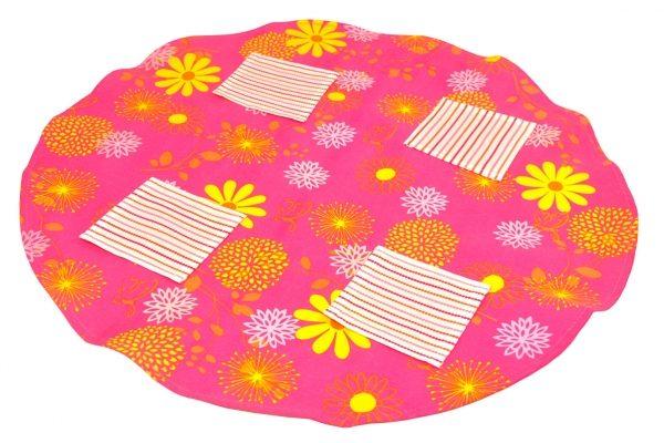 Table Cloths Napkins